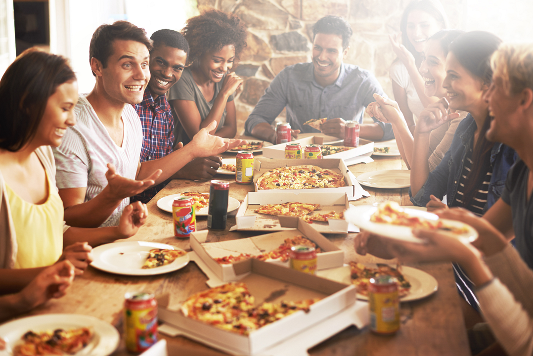 How To Host Pizza Party