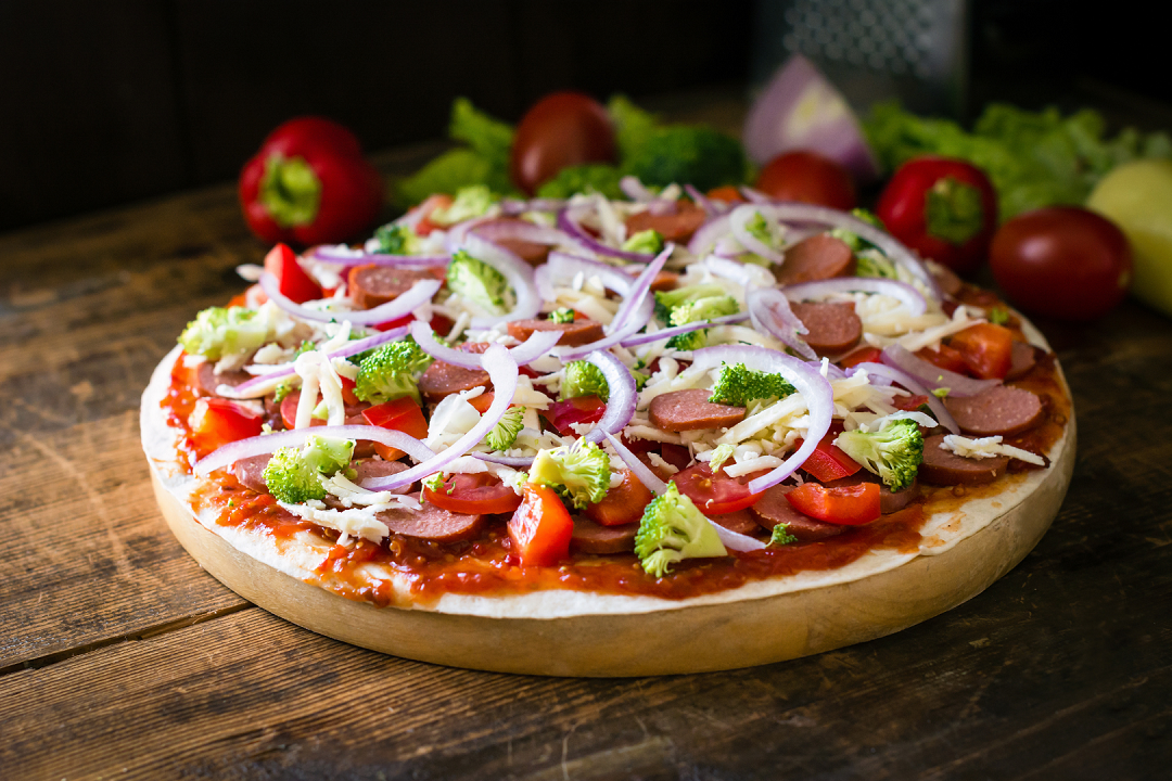 Making The Perfect Thin Crust Pizza